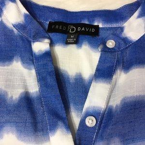 Fred David Tops - FRED DAVID TIE-DIE TOP SZ MEDIUM
